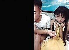 chinese teens live chat with mobile phone.313