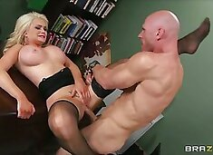Beautiful cock hungry blonde loves to be dominated in bed