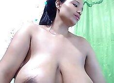 Milk From Beautiful Big Titts (2)